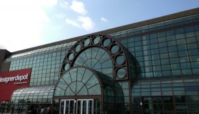 A photo of the front entrance to Woodbine Centre and Fantasy Fair.